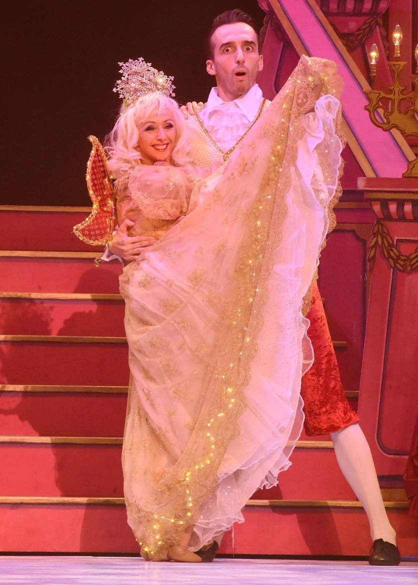 grand opera house york panto beauty and the beast review