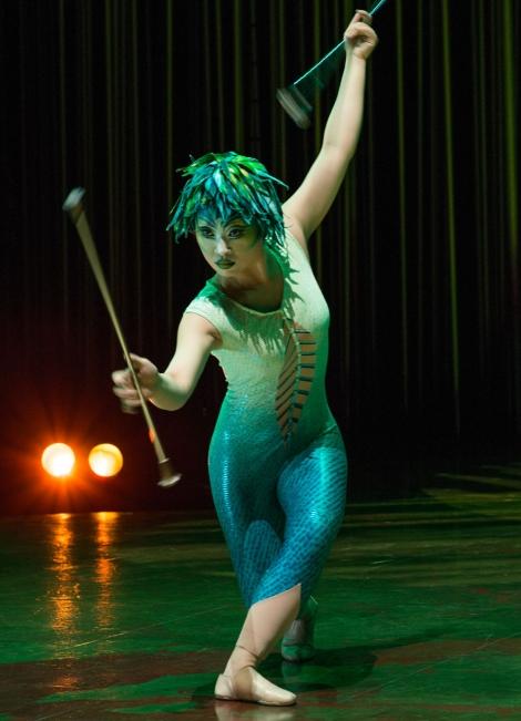 Vareikai Cirque du Soleil Leeds First Direct Arena (4)