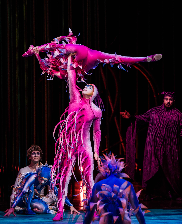 Vareikai Cirque du Soleil Leeds First Direct Arena (5)