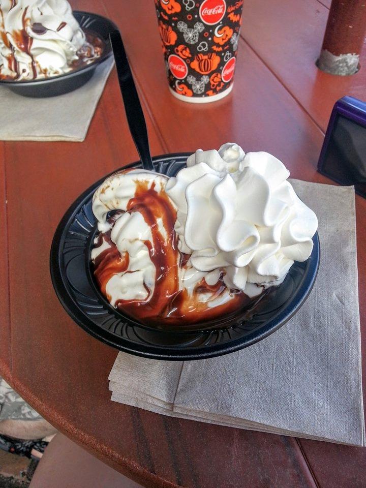 hot fudge sundae storybook treats magic kingdom