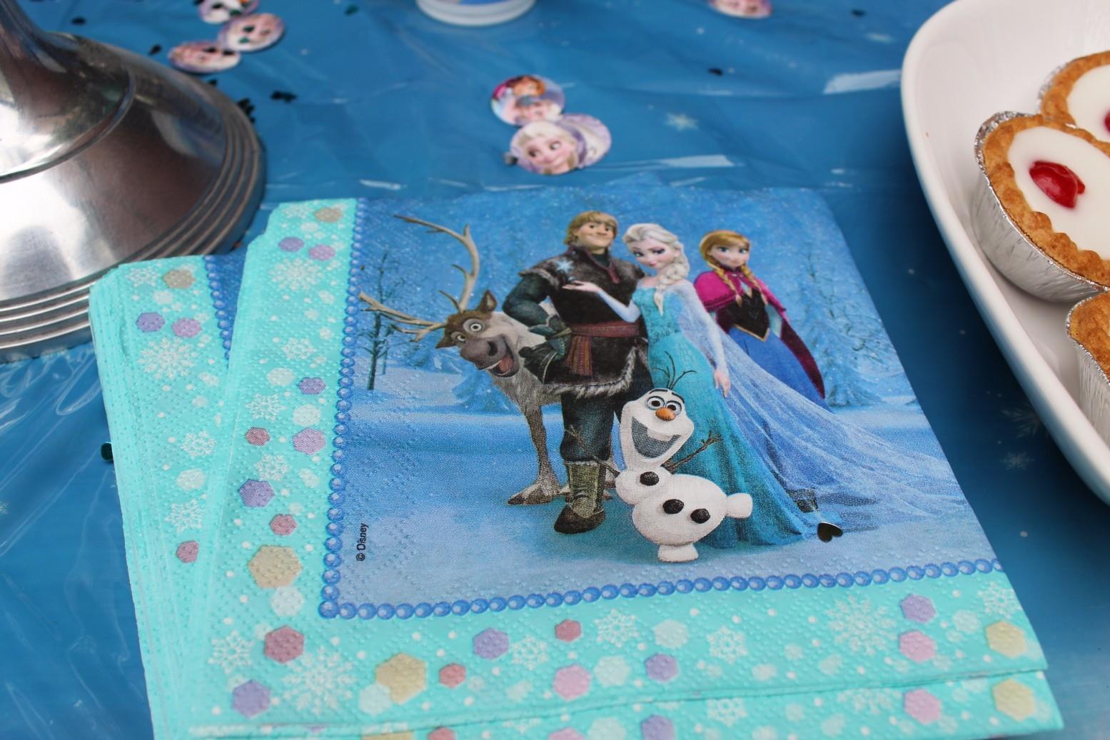 Disney Store Frozen Party Accessories (4)