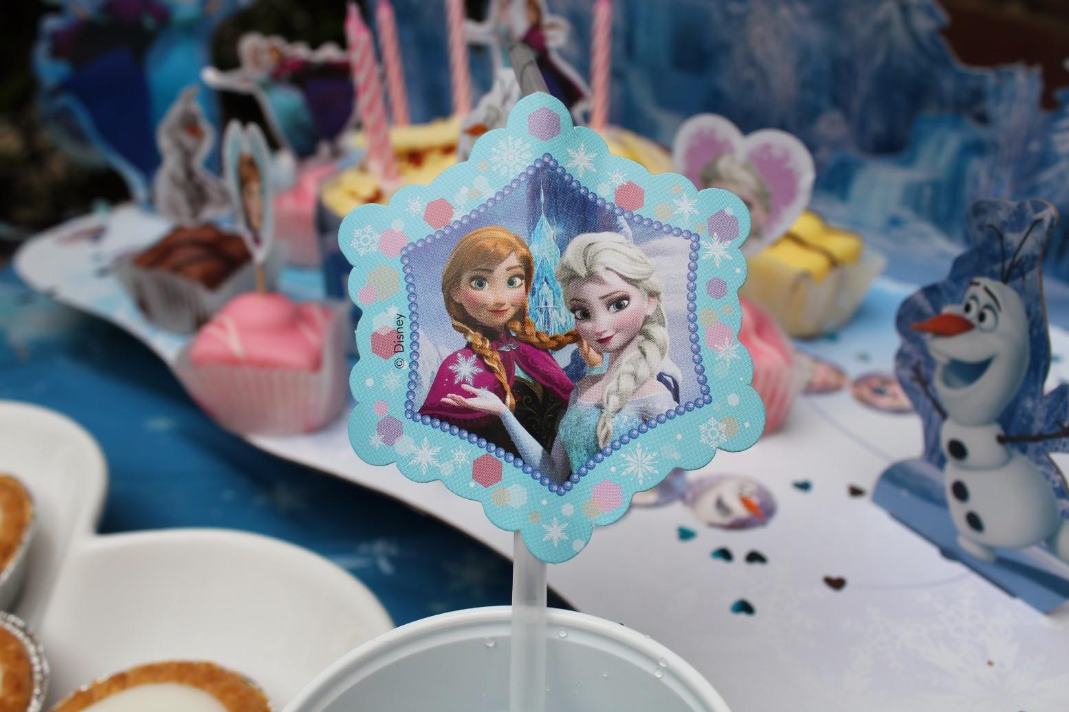 Disney Store Frozen Party Accessories (6)
