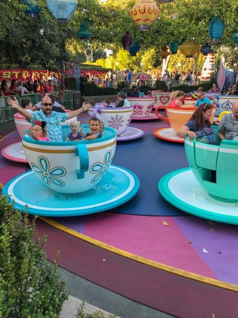 Disneyland - Tea Cups - Let\'s Travel Family_