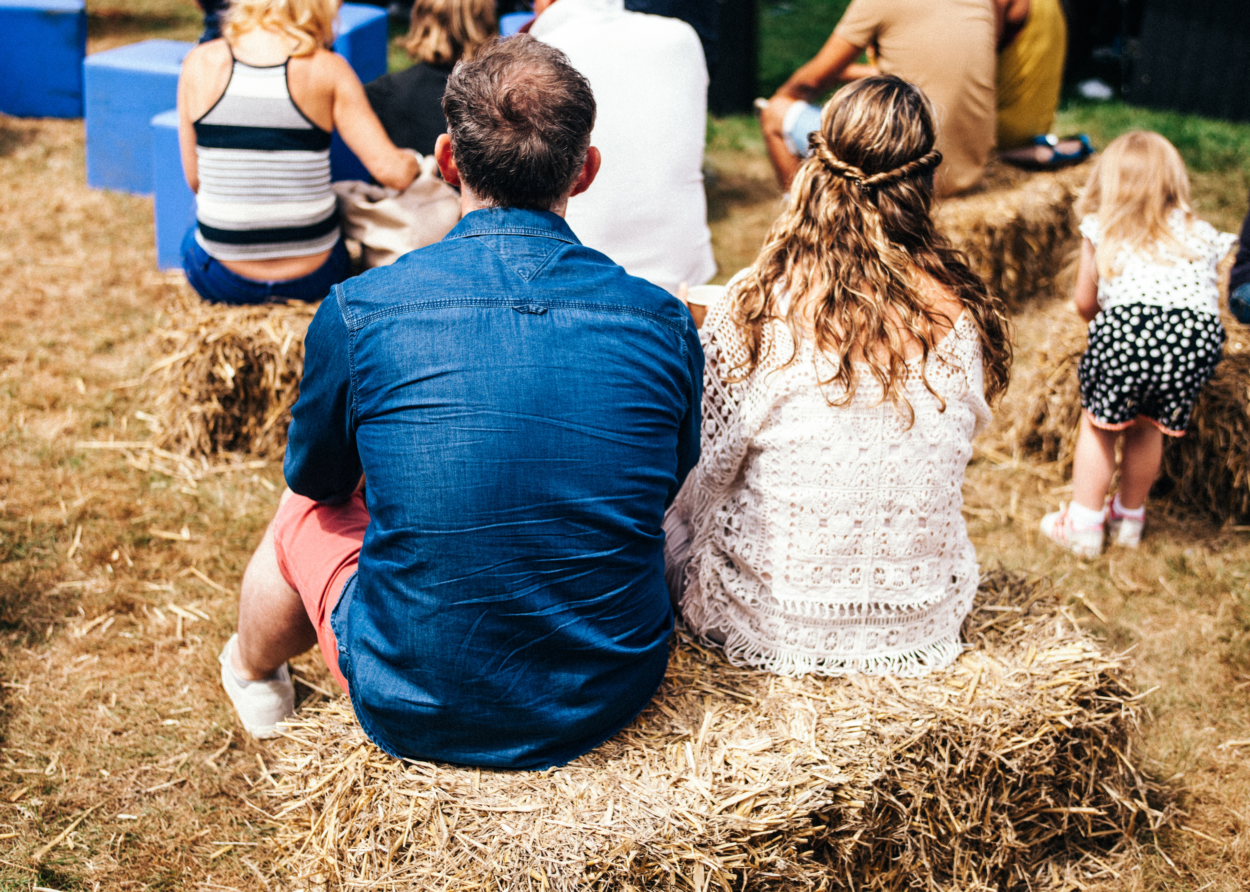 26-Family-Friendly-Festivals-in-the-UK (1)