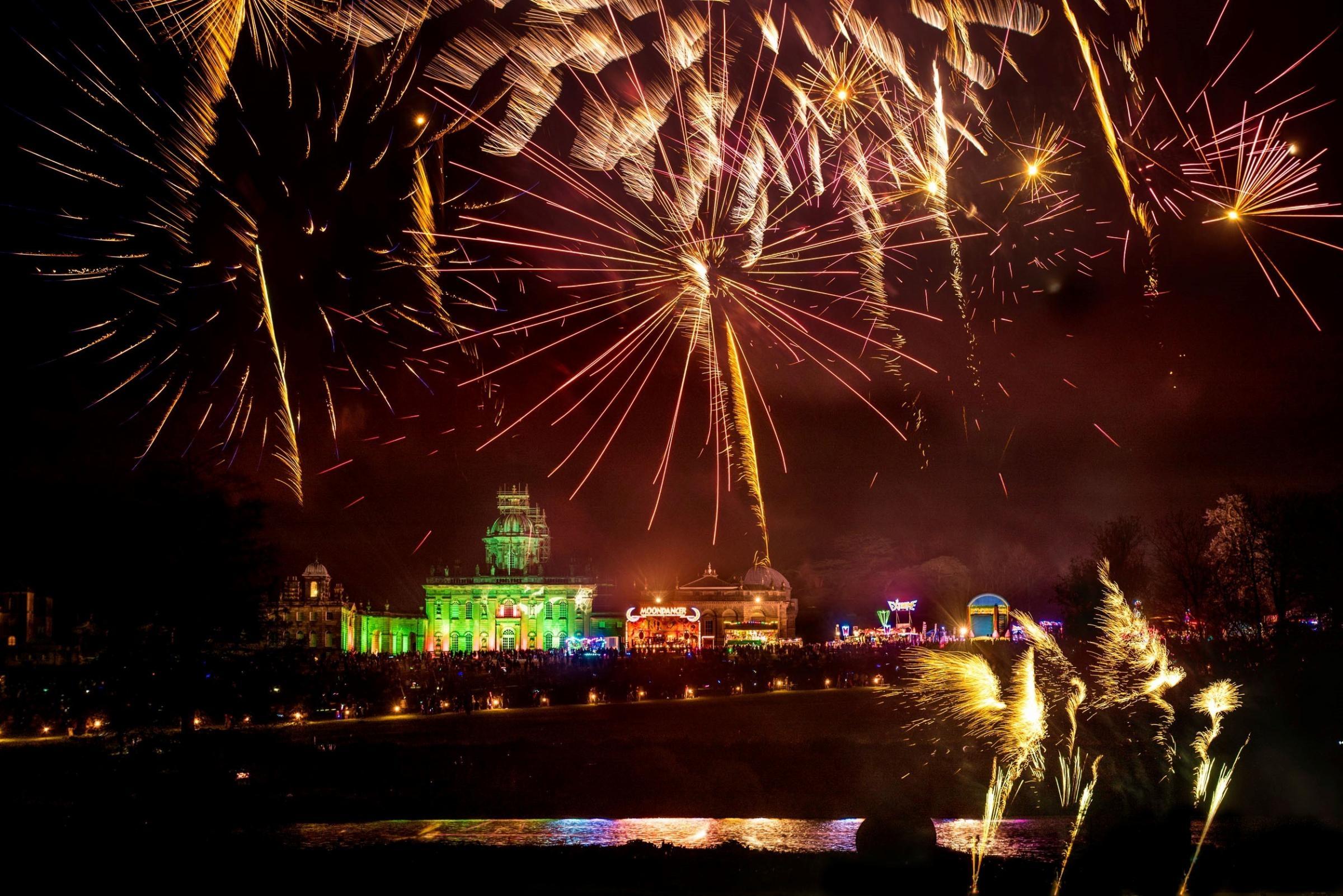 Bonfire Fireworks Events Yorkshire Wonders (9)