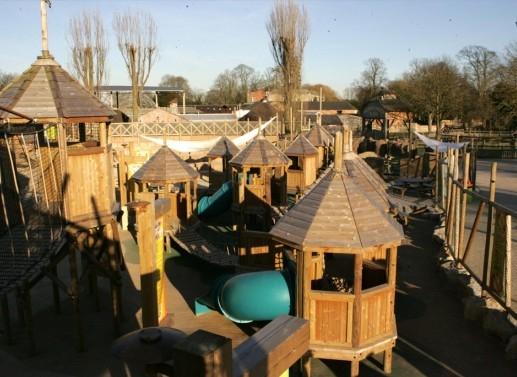 flamingo land theme park yorkshire (childrens planet)