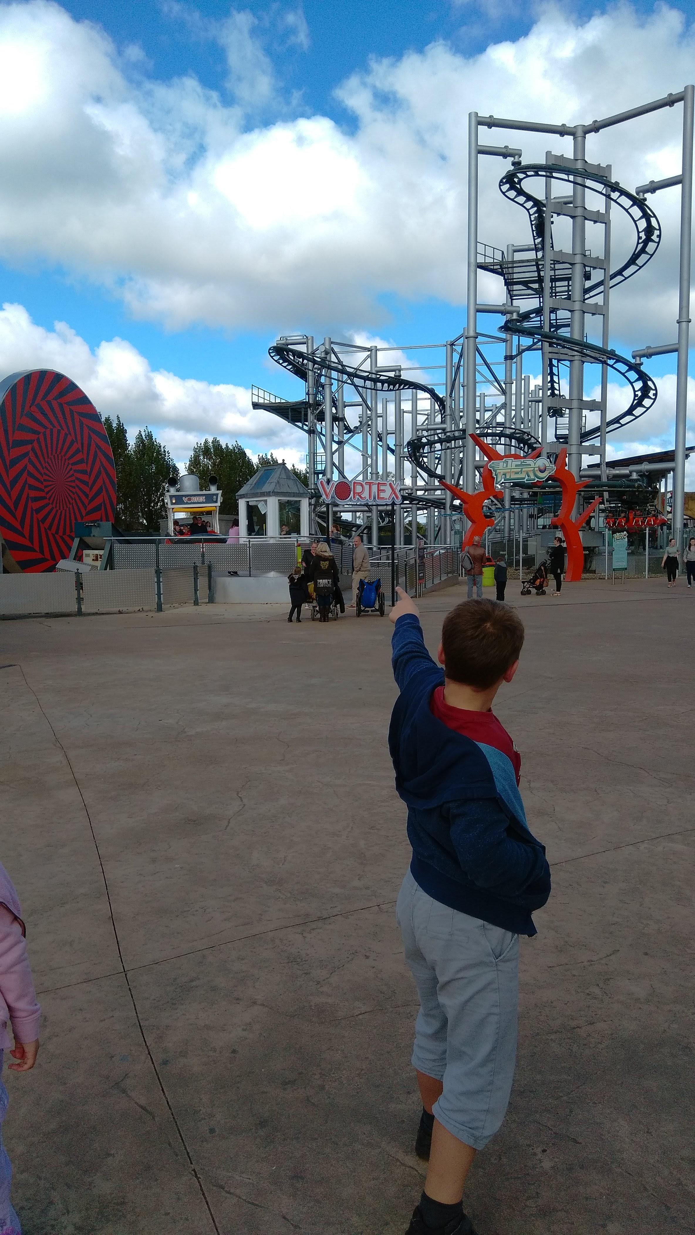 flamingo land theme park yorkshire (4)