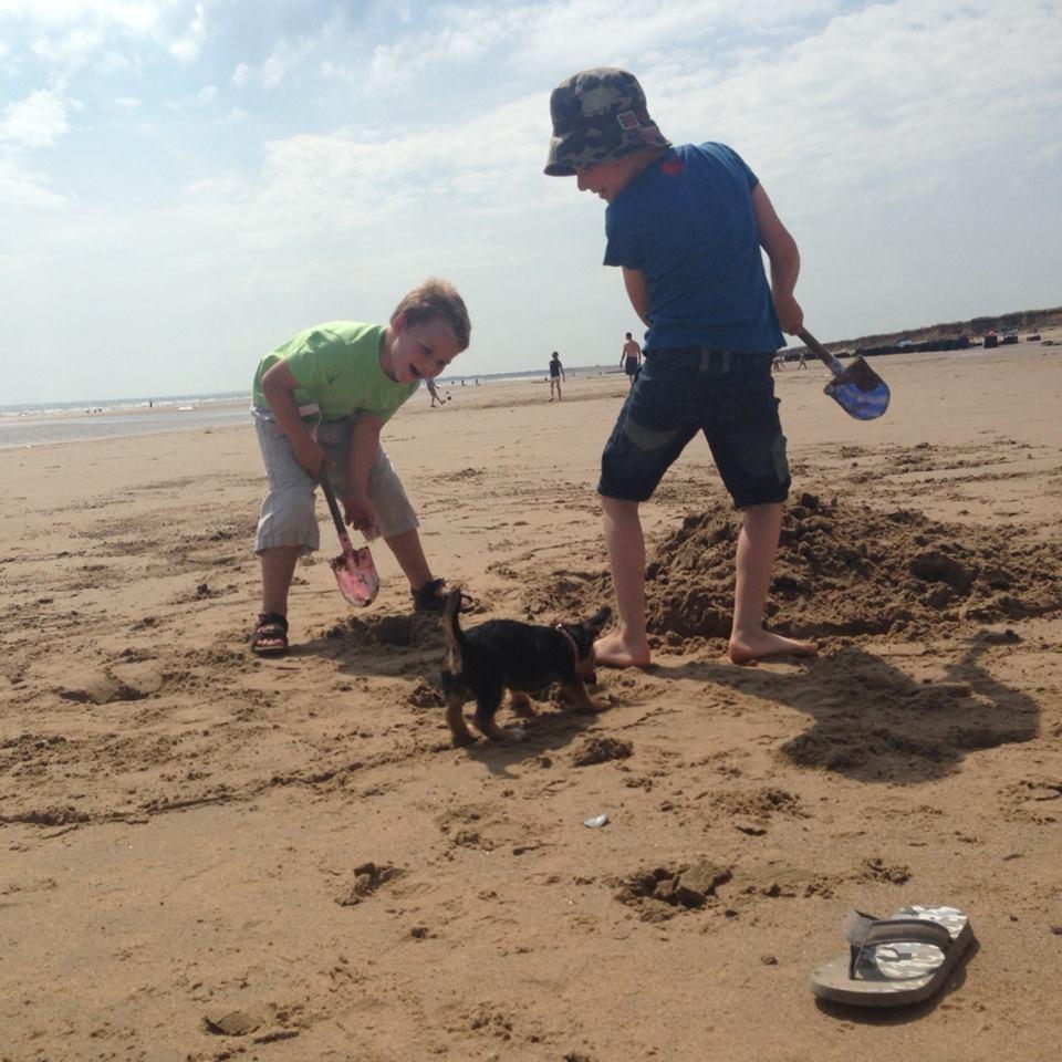 fraisthorpe beach (1)