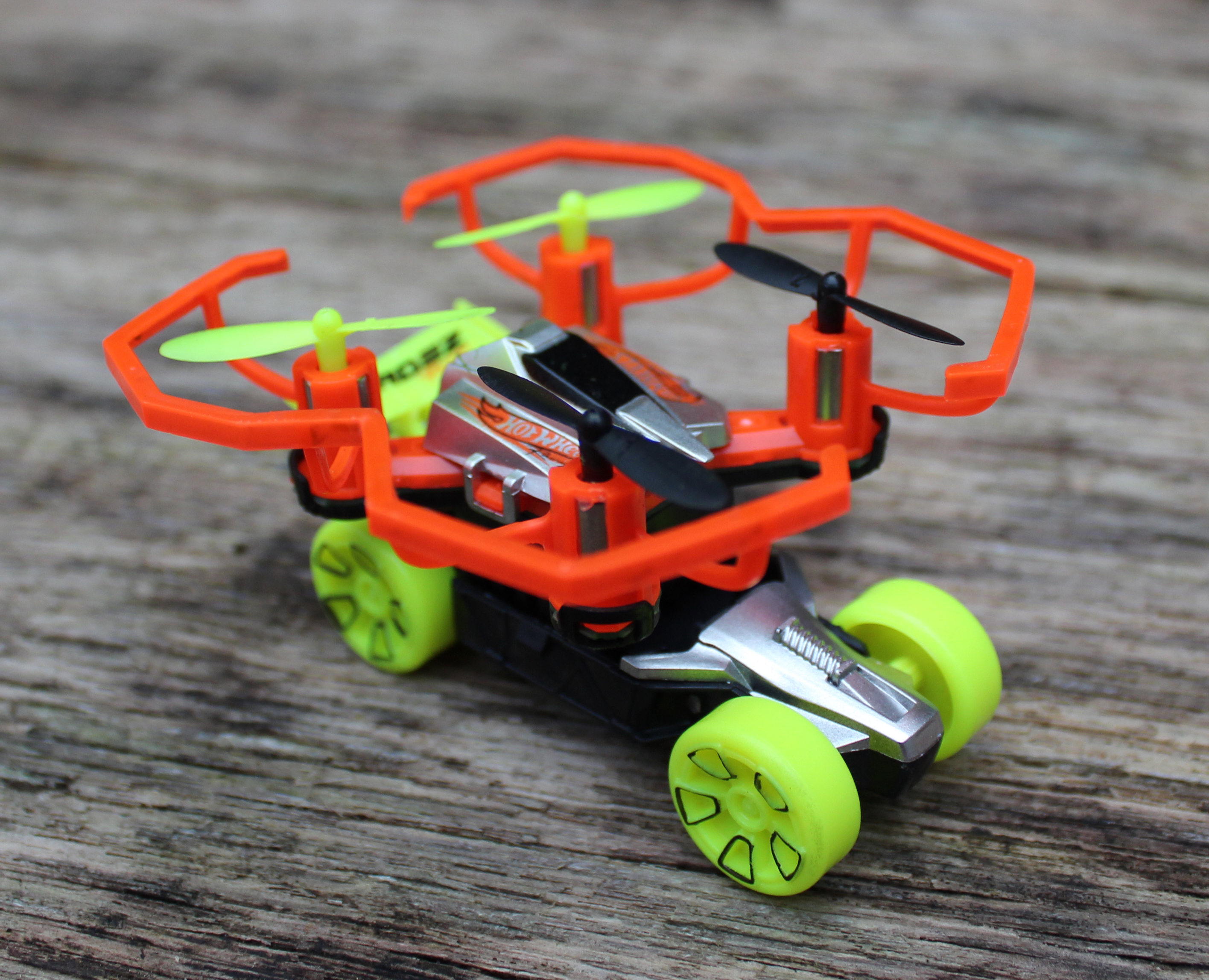 Hot Wheels Drone and Vehicle Set - Review ⋆ Yorkshire Wonders