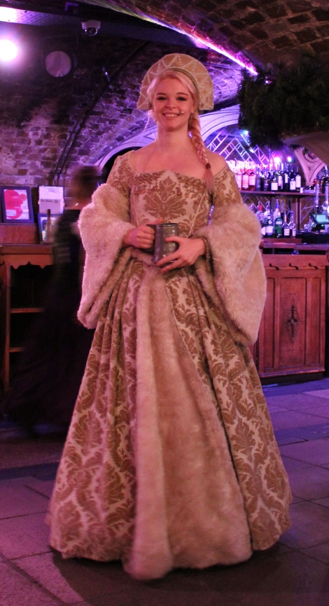 medieval banquet london (1)