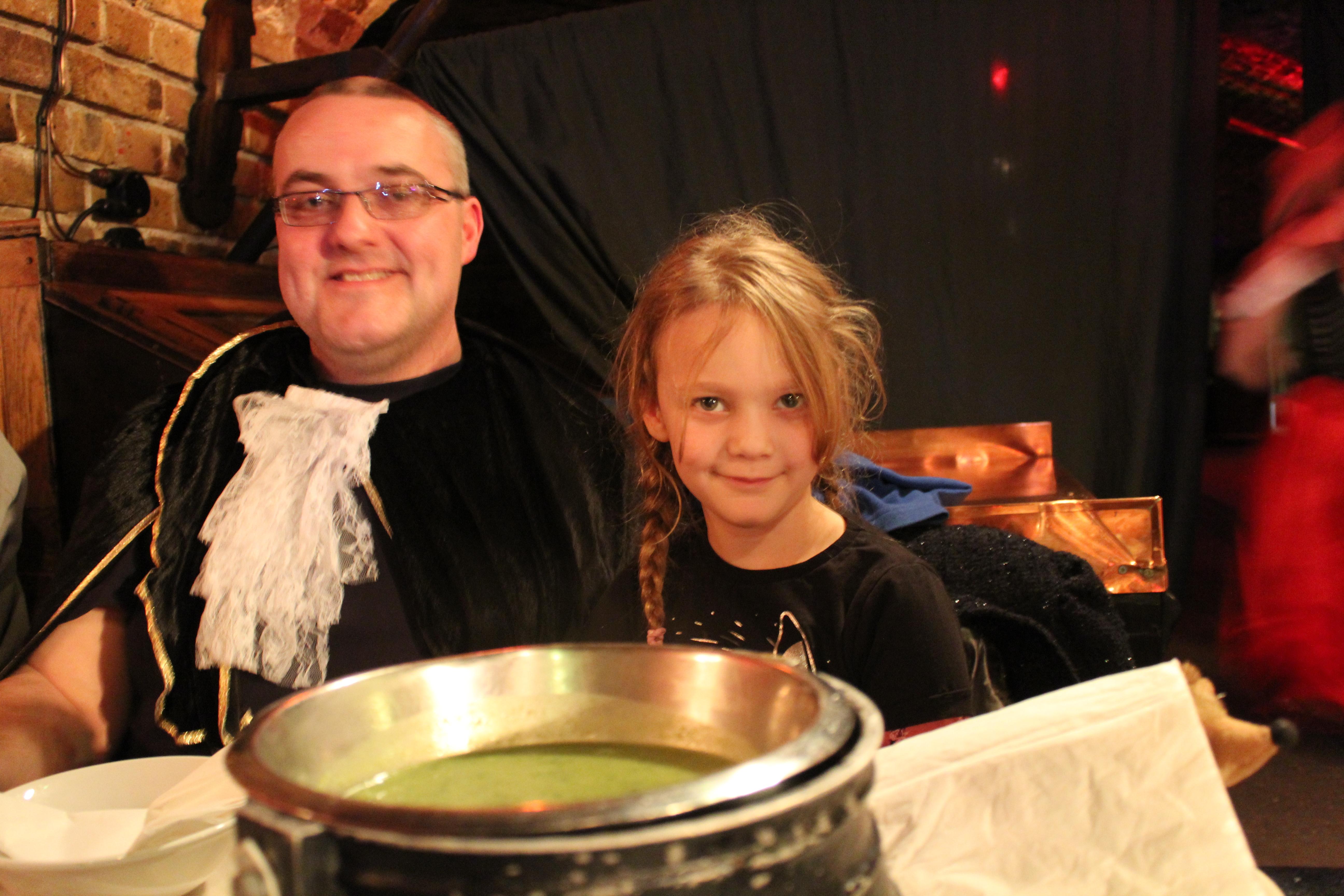 medieval banquet london (2)