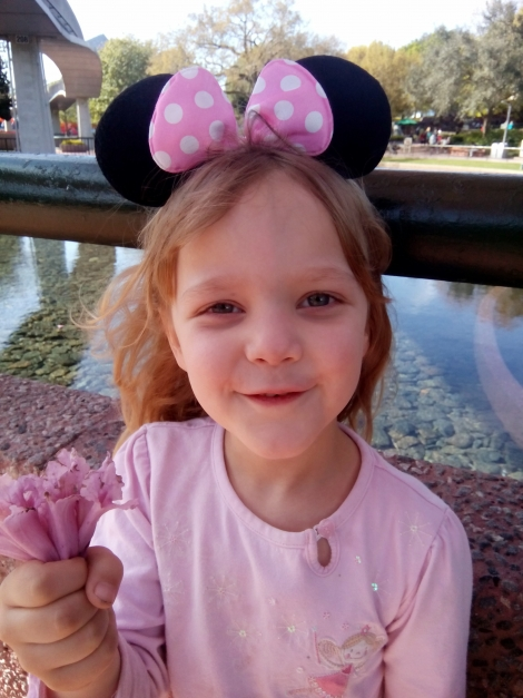 What essential must haves to pack for Disney