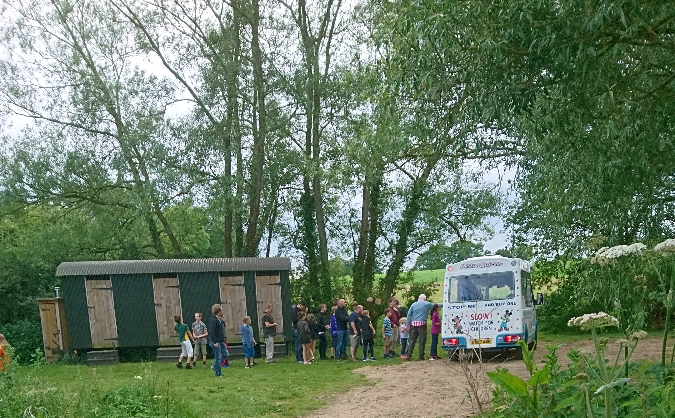 Rushy Meadows Glamping Camping Oxford Canopy & Stars (2)