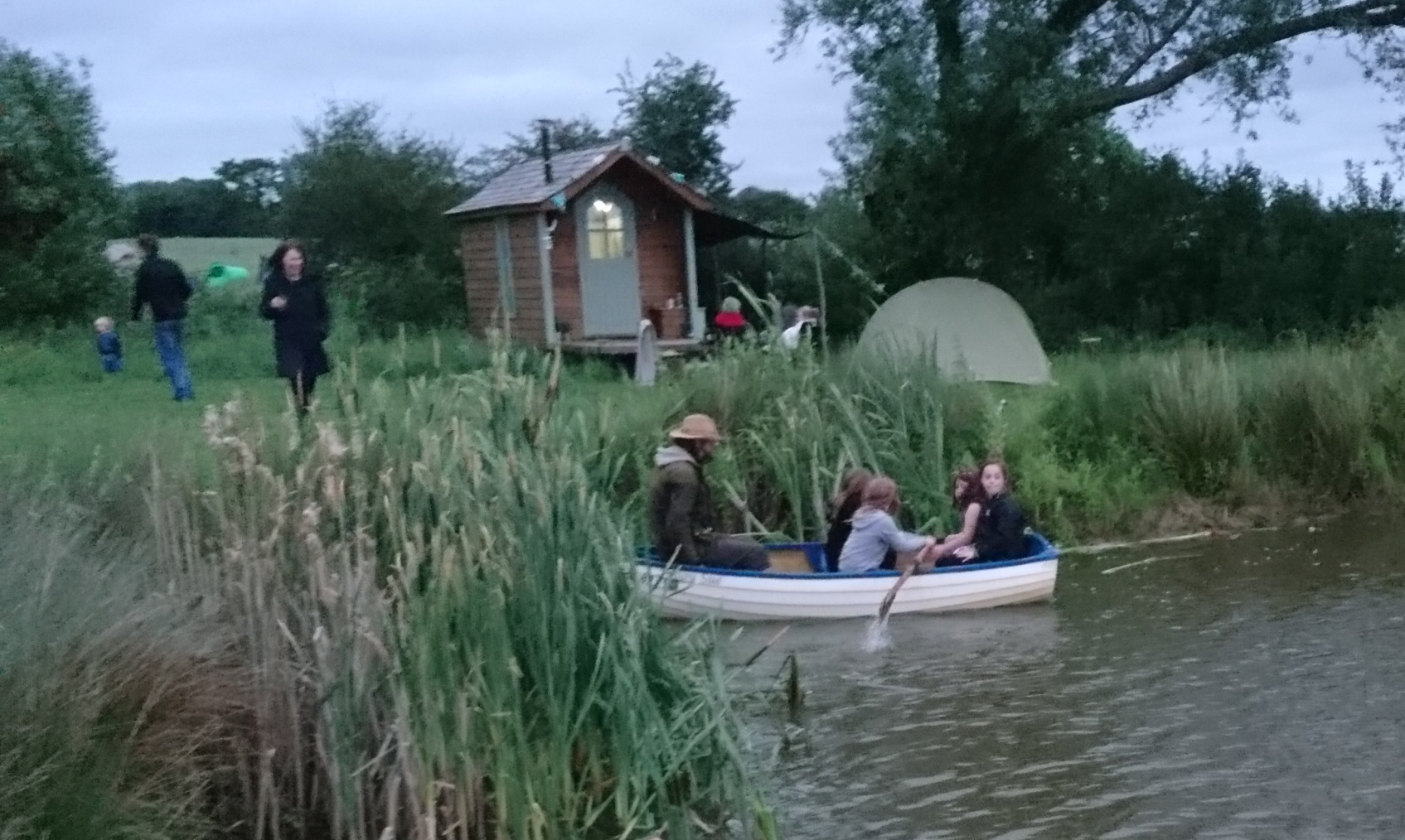 Rushy Meadows Glamping Camping Oxford Canopy & Stars (4)
