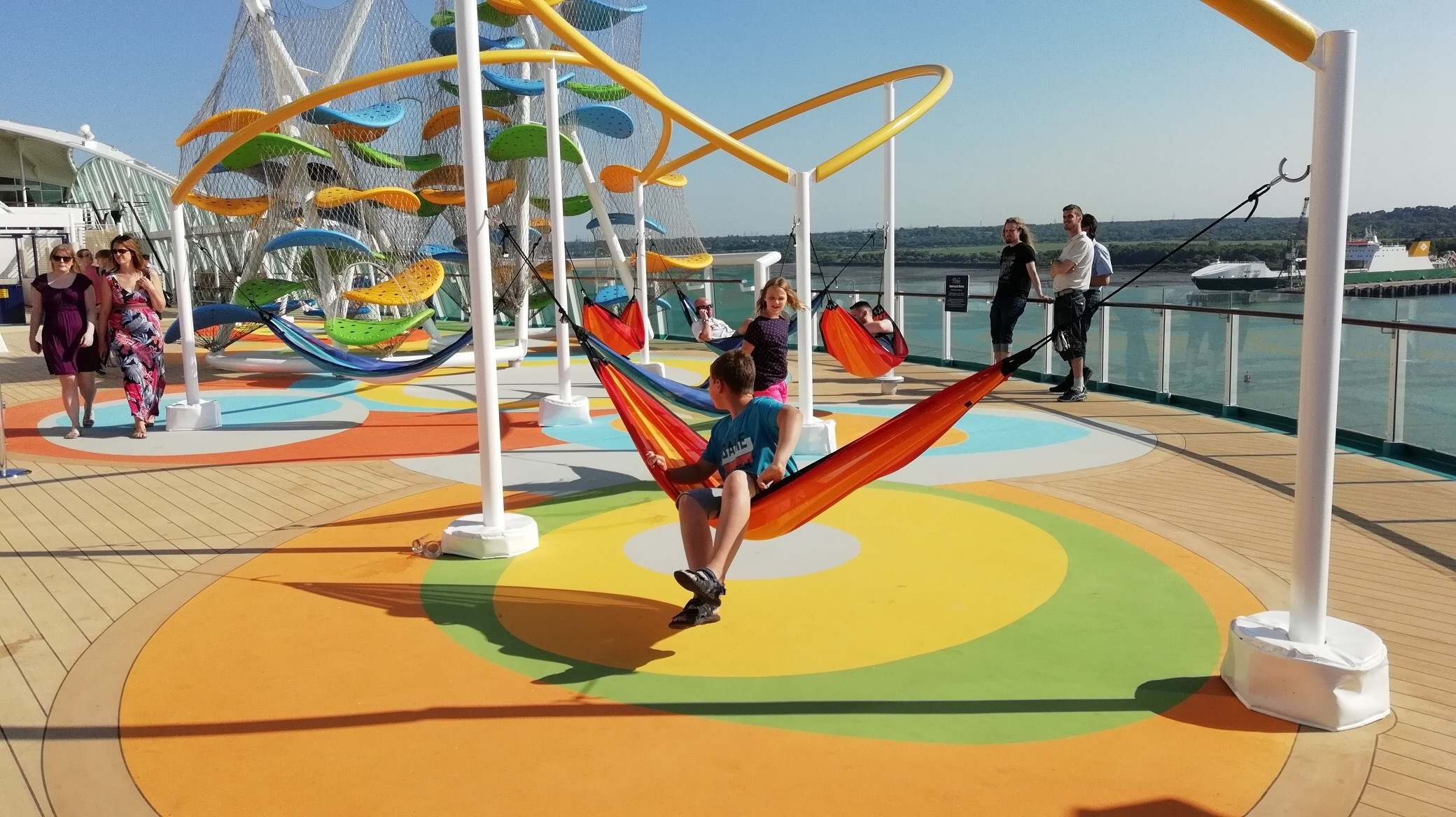 Sky Pad and The Perfect Storm on Independence of the Seas - Royal Caribbean (13)