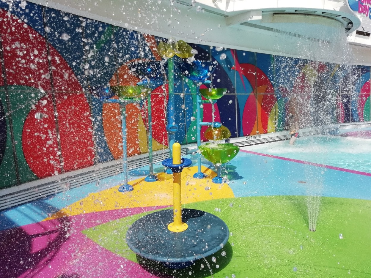 Splashaway Bay, Independence of the Seas, Royal Caribbean (2)