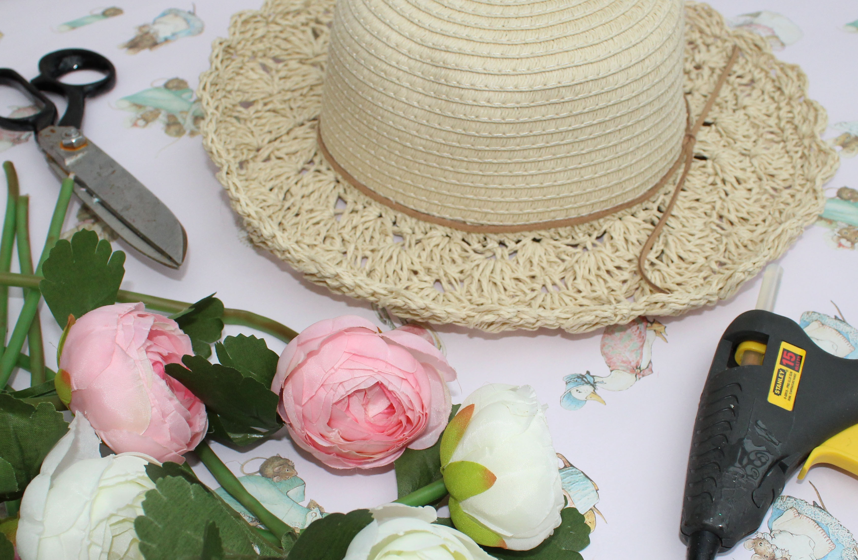 how to make a summer straw hat with flowers (4)