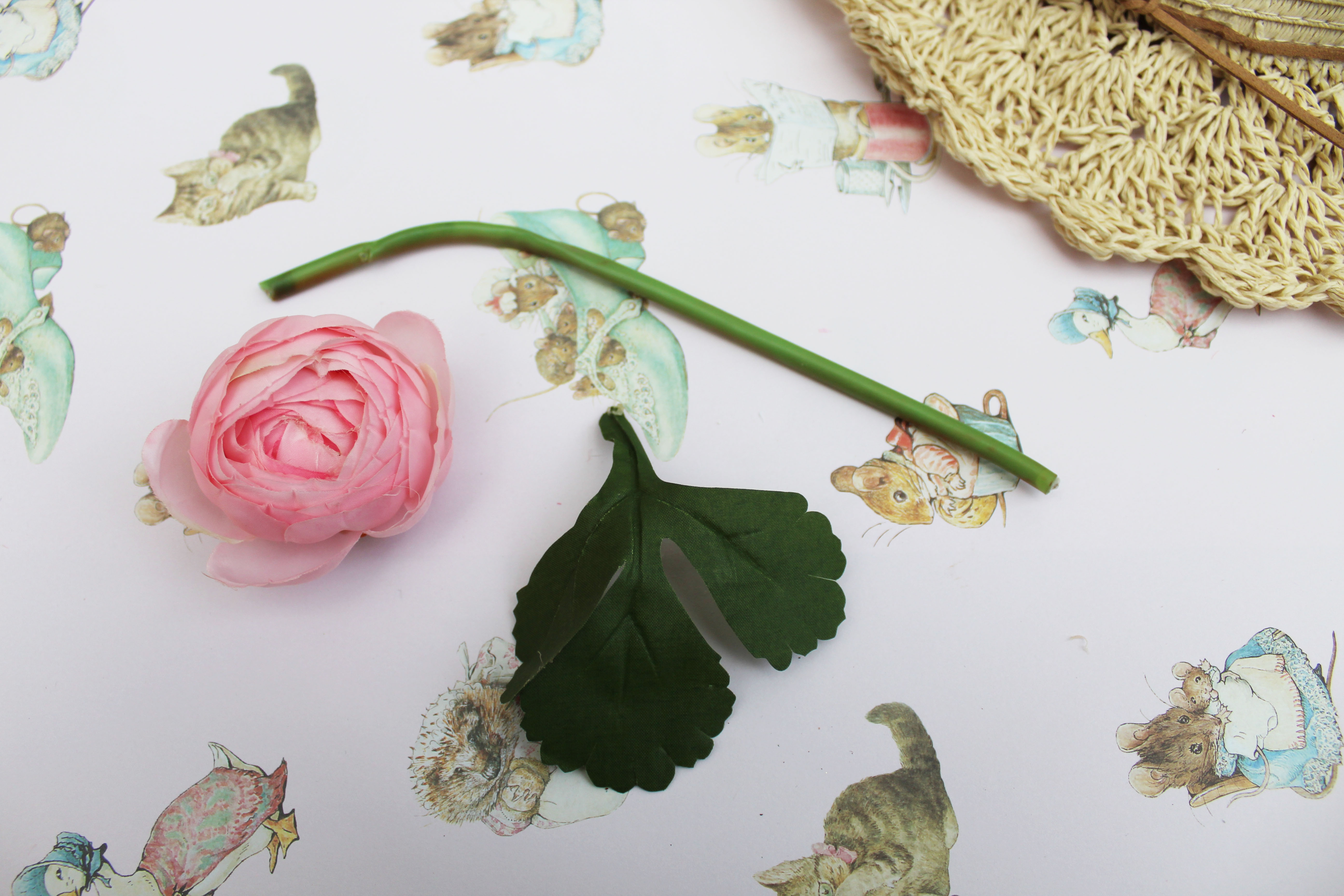 how to make a summer straw hat with flowers (7)