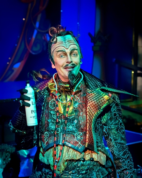 David Leonard in Jack & the Beanstalk Photography by Anthony Robling
