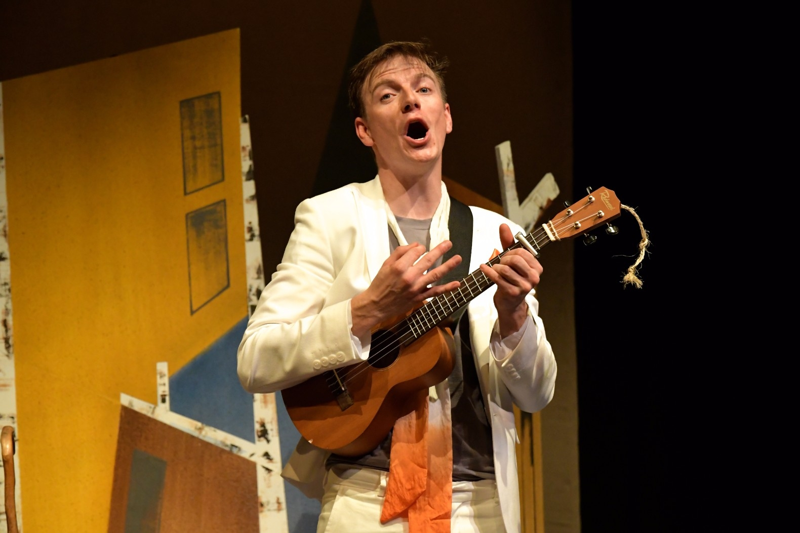 Daniel Naddafy - Ugly Duckling by Emma Reeves, photo by Brian Slater 5 (2)
