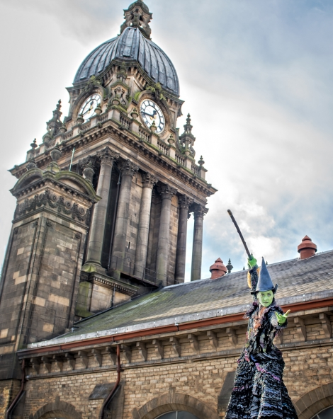 Amy Webb as Elphaba at Leeds Town Hall credit Ant Robling (2)