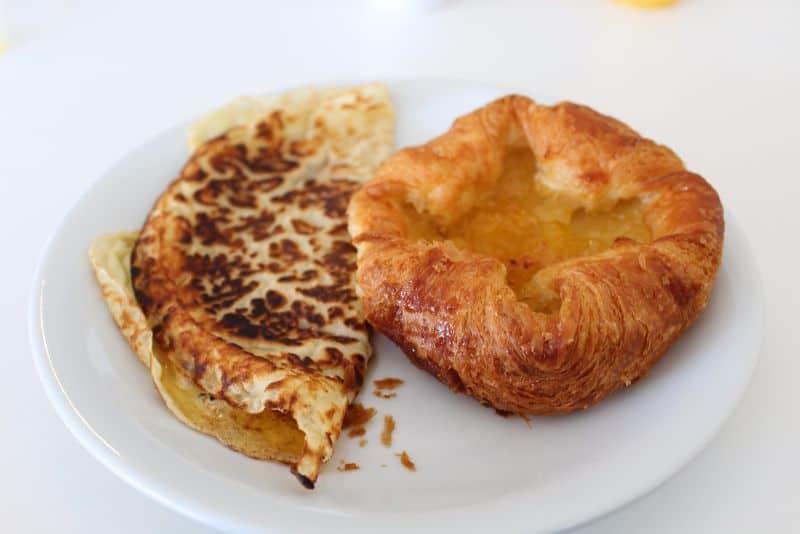 Butlin's Premium Dining Breakfast