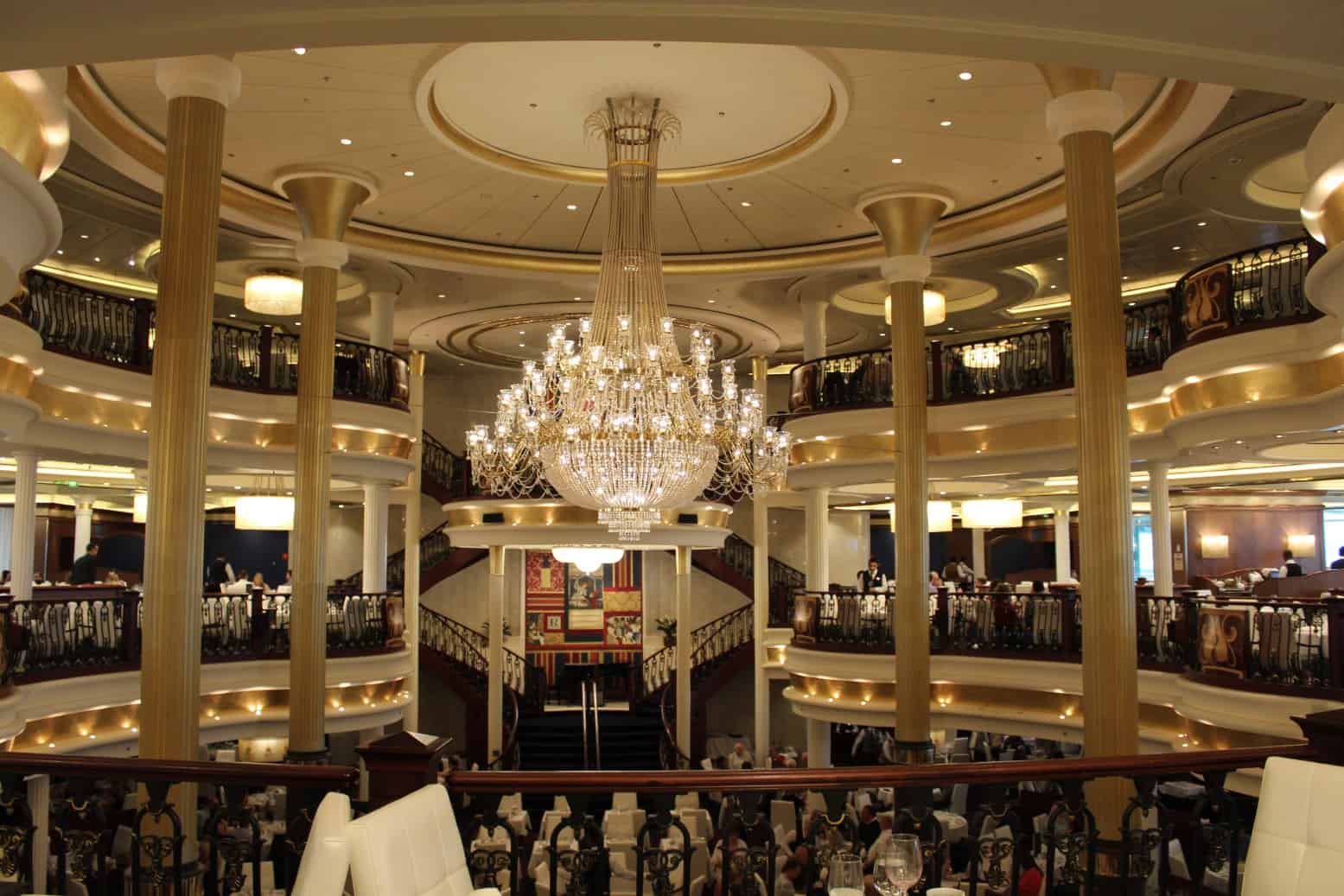 What Food is Included on the Independence of the Seas?