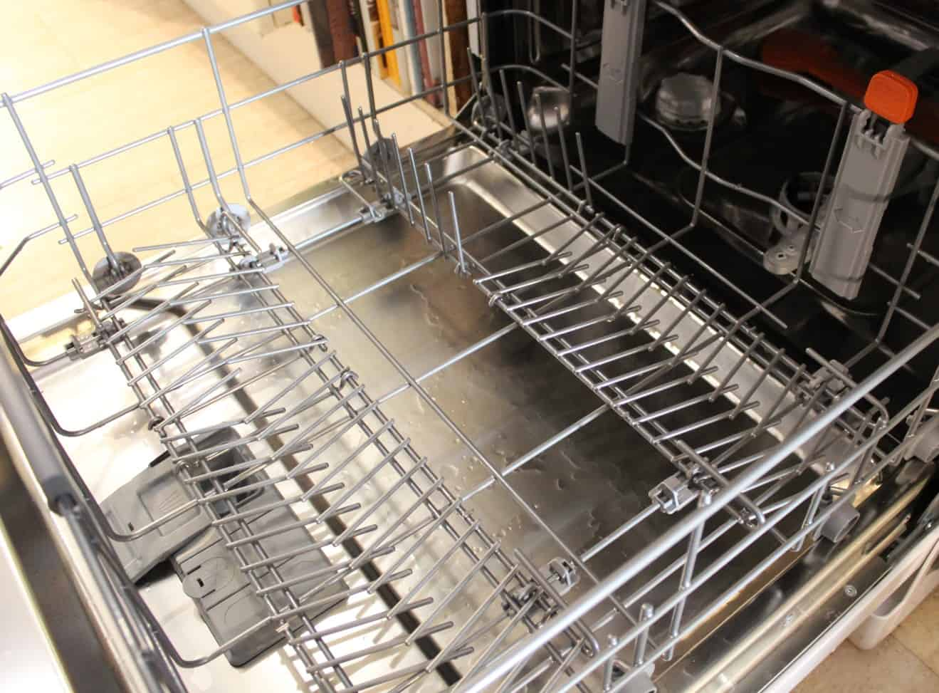 HOTPOINT ULTIMA HFO 3P23 WL DISHWASHER Review