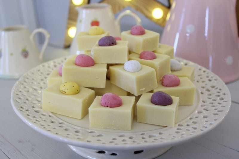 Slow Cooker/Crockpot White Chocolate Easter Fudge
