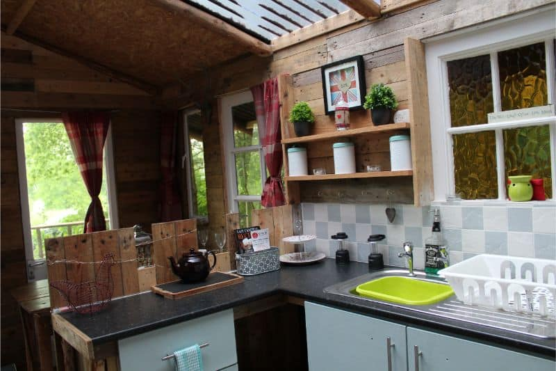 The glamping kitchen at Bear's Place