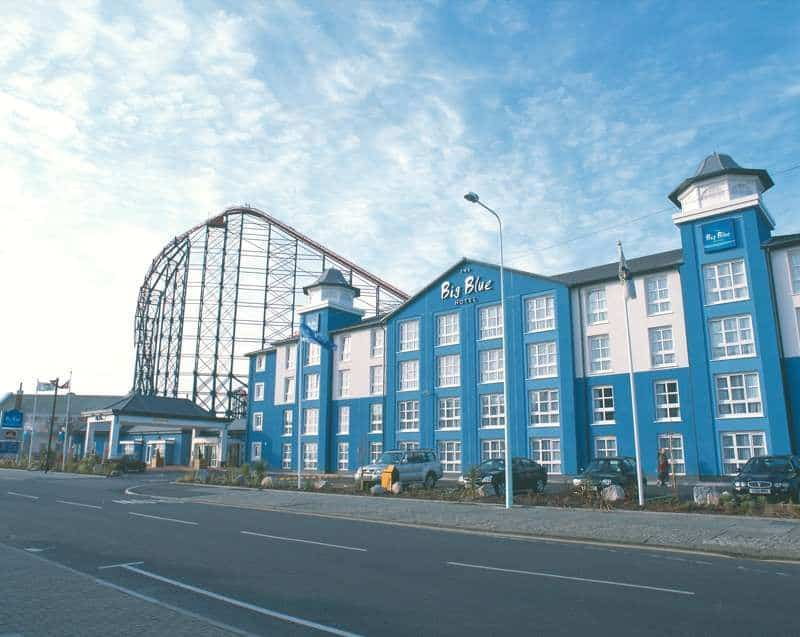 Family Hotel in Blackpool next to Pleasure Beach