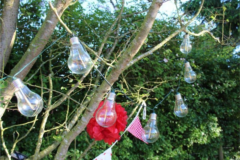 Garden Party Decorations Guide & Pinata Giveaway