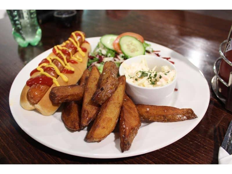 Snozone Alpine Cafe Review - Bockwurst