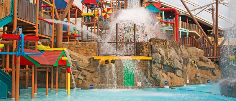 Splash Landings Waterpark and Alton Towers Review