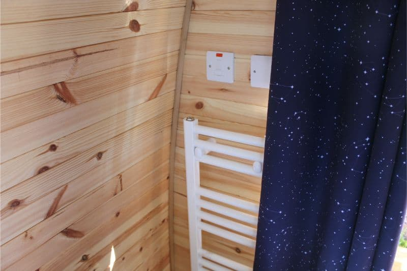 Stargazing Pods at Alton Towers Are Heated