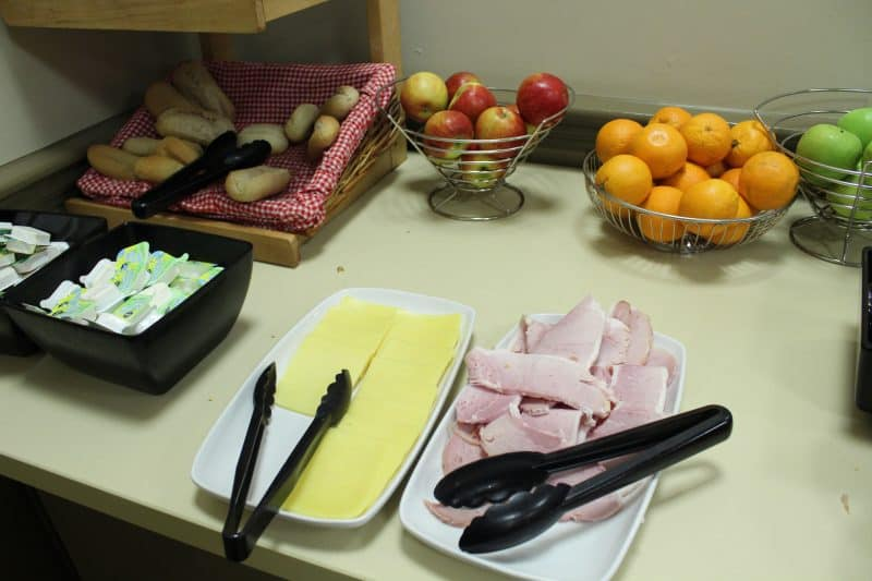 Breakfast at Potters Resort