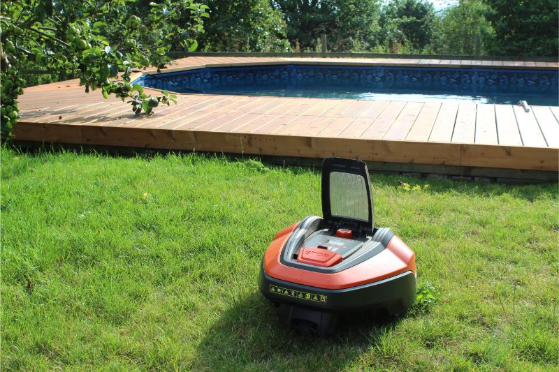 Flymo 1200R Robotic Lawnmower Review