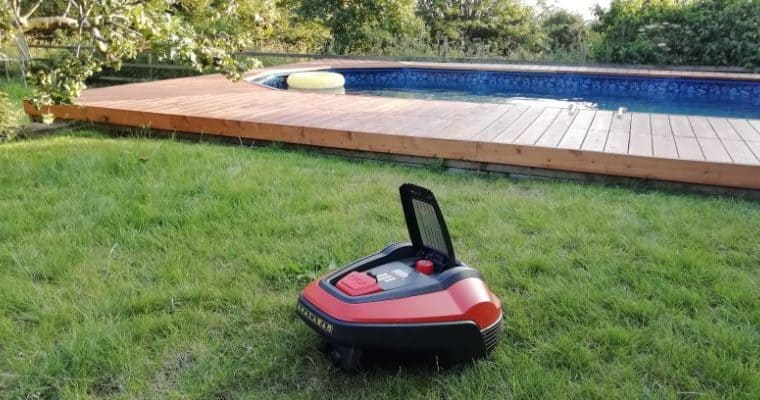 The Flymo 1200R Robotic Mower Review
