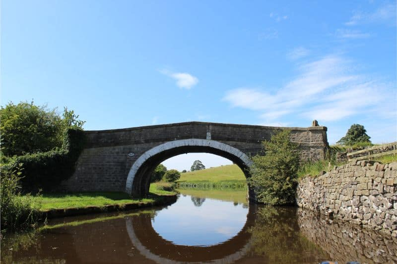Bridges on the Leeds Liverpool Canal