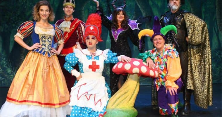Grand Opera House York Panto 2019 – Snow White