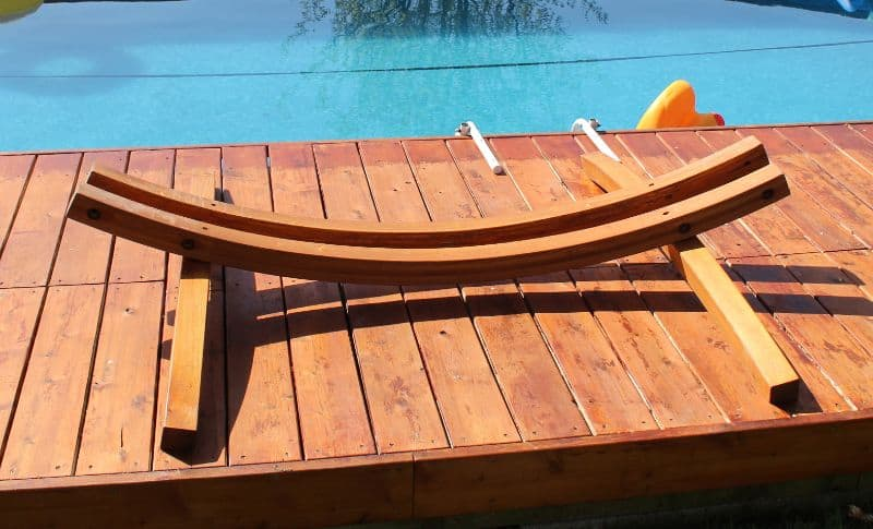 Wooden Hammock from VonHaus