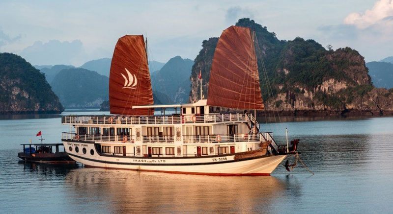 Top 10 Cruises in Halong Bay