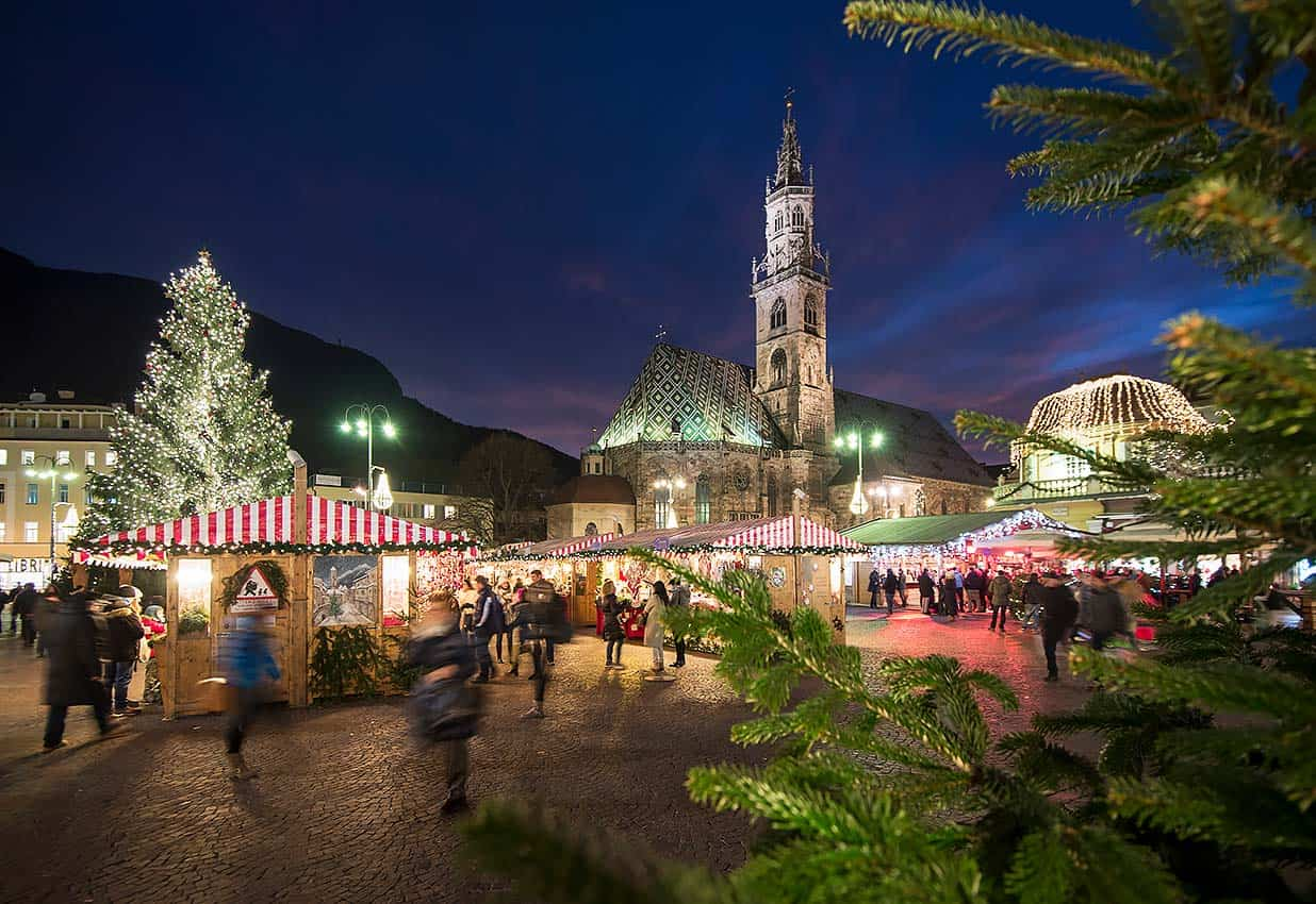 Christmas Around the World – Festivals and Markets